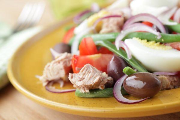 BsYNlxUKQE2IKIABQheSEA.1280_Nicoise-salad